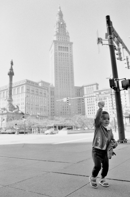Cleveland – Downtown Baby Portraits